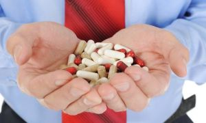 Какие таблетки помогут избавиться от тошноты и рвоты при отравлении?